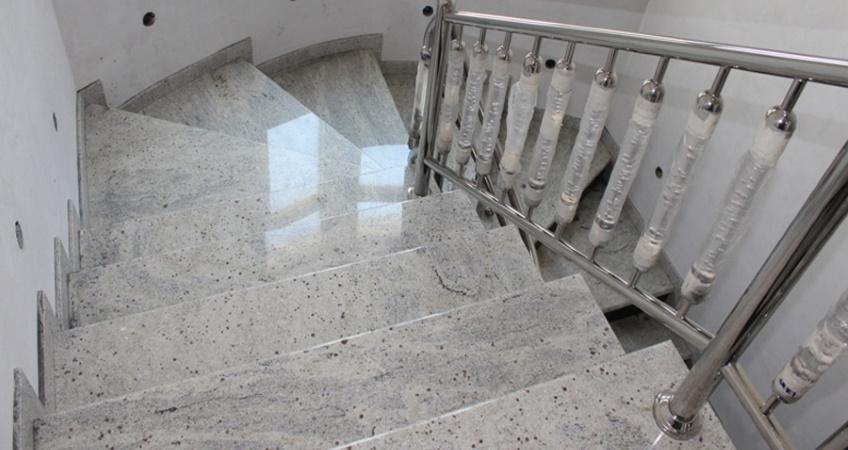 Лестницы из керамогранита на заказ